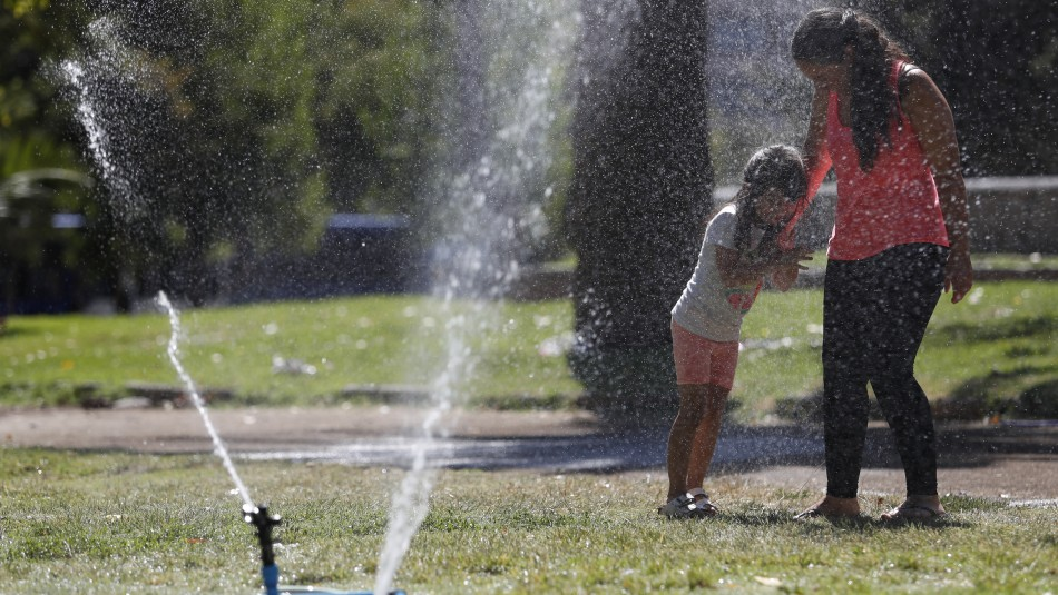 Dirección Meteorológica emite aviso de altas temperaturas para tres regiones del país
