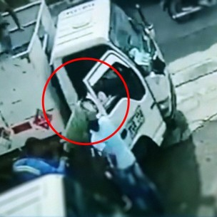 Delincuente recibió un cilindro de gas en la cabeza al intentar robar a repartidores