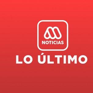 Adulto mayor cae por un alcantarillado de 10 metros en Santiago: Bomberos trabaja en rescate