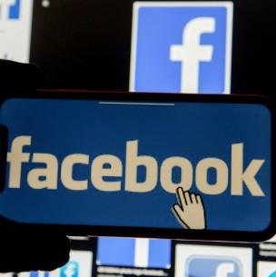Gobierno de Trump denuncia a Facebook por favorecer a inmigrantes sobre trabajadores de EEUU
