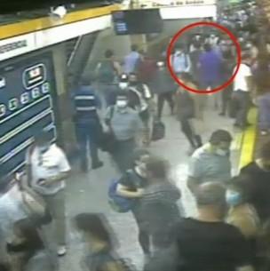 Pasajero del Metro llevaba botella con ácido y quemó a 3 personas