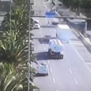 Balean a funcionario de la PDI en 'encerrona' a camión en Renca