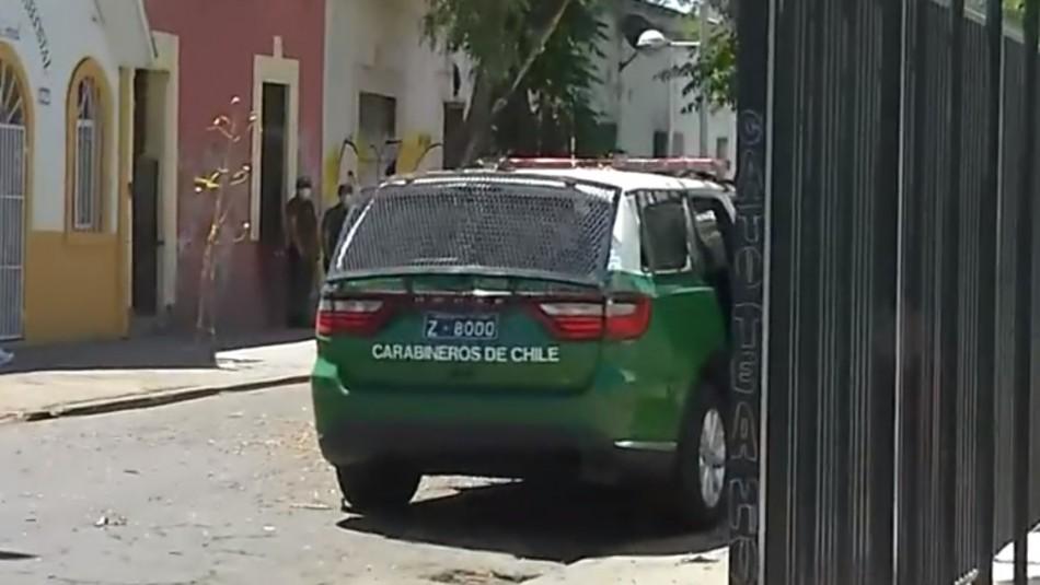 Cuatro lesionados: Patrulla de Carabineros impacta a auto particular durante persecución
