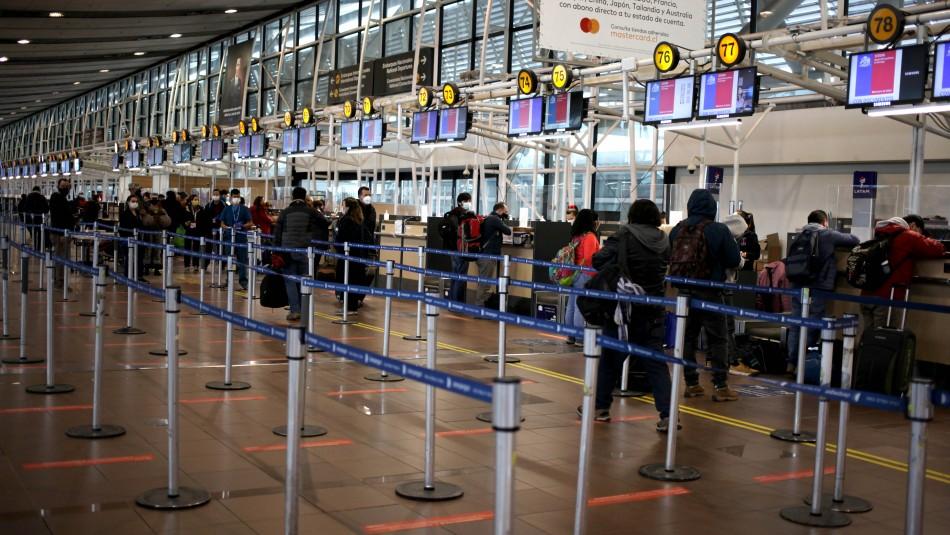 Gobierno prohibirá la entrada a extranjeros que hayan estado en el Reino Unido
