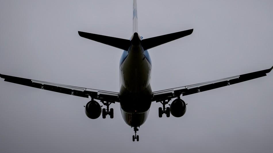 Países Bajos suspende vuelos procedentes del Reino Unido para frenar