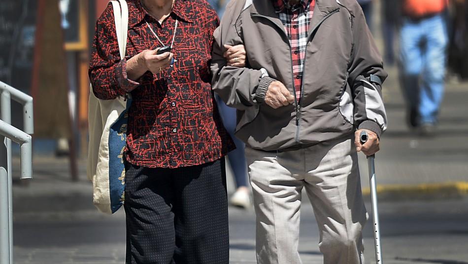 Pareja de adultos mayores pierden los ahorros de toda su vida tras millonario asalto