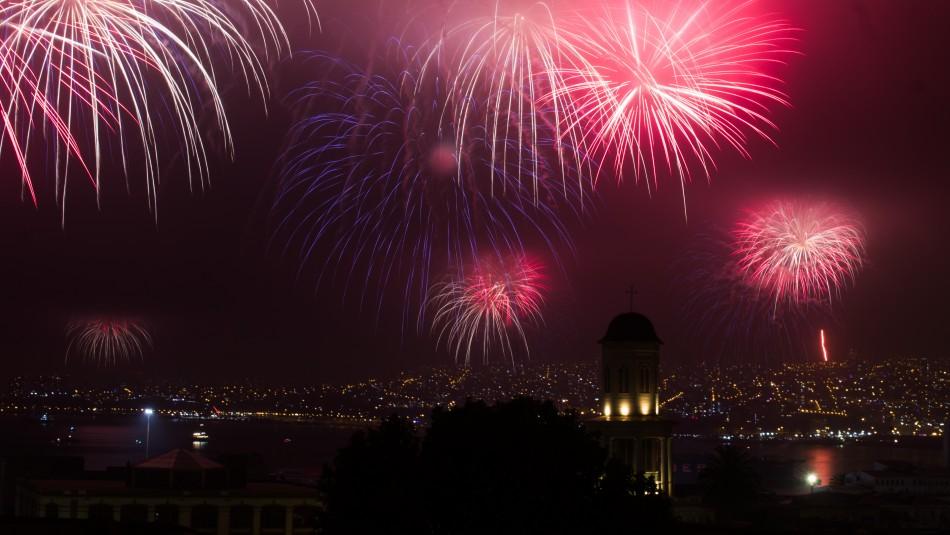 Cancelan fuegos artificiales de Año Nuevo en Valparaíso, Viña del Mar y Concón