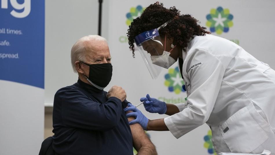 Joe Biden se vacuna contra el coronavirus: