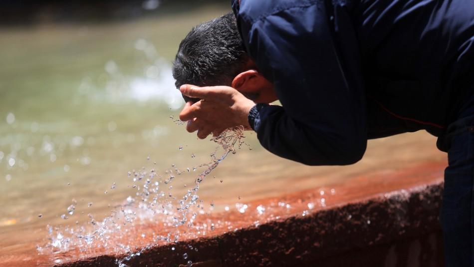 34° en Santiago: Meteorología emite aviso de altas temperaturas para siete regiones del país
