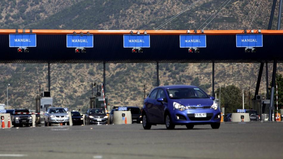 Balance de carreteras: Más de 4 mil vehículos fueron devueltos a la RM este fin de semana