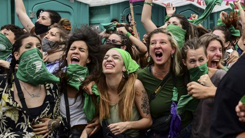 Argentina decidirá el martes si aprueba o no la legalización del aborto