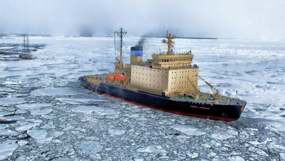 Reportan 17 desaparecidos en naufragio de barco pesquero en el océano Ártico