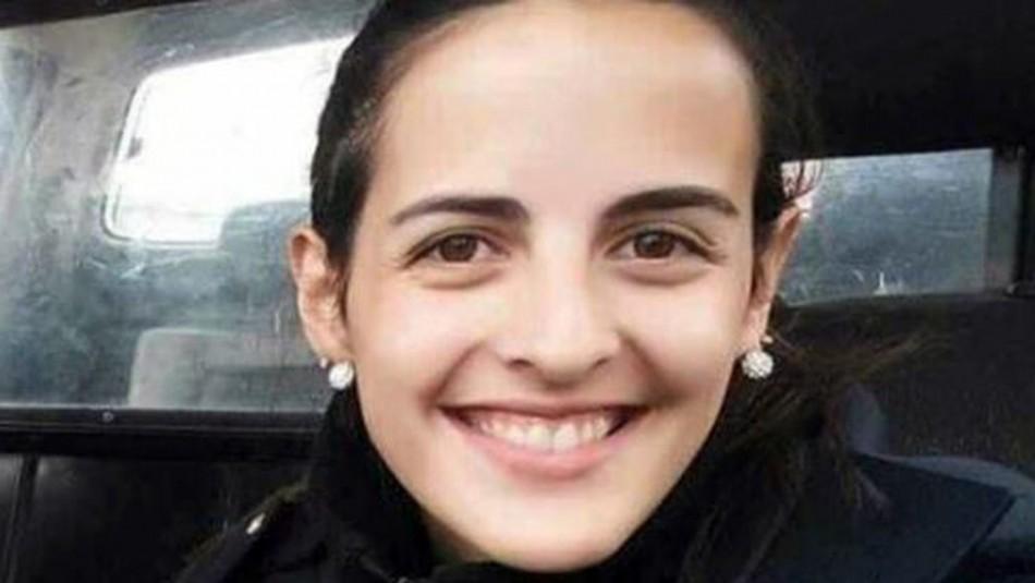 Policía muere al chocar su patrulla: Iba a salvar a una mujer víctima de violencia de género
