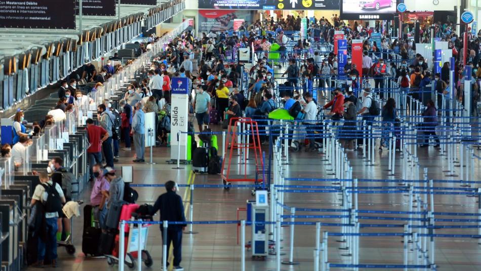 Nueva cepa de coronavirus en Chile: Llaman a pasajeros de dos vuelos a contactarse con el Minsal