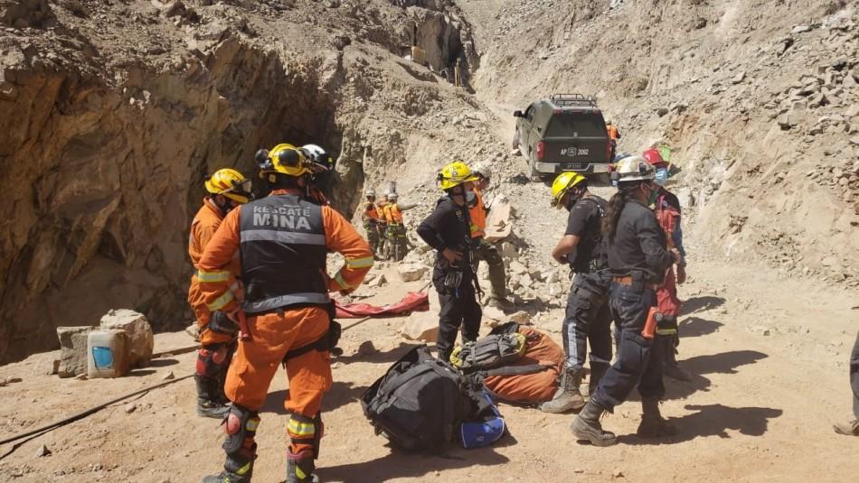[VIDEO] Rescatan con vida a dos mineros que estaban atrapados tras derrumbe en Atacama