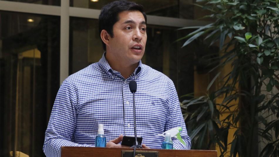 Diputado Durán señala que su padre está en riesgo vital con un pulmón perforado tras ataque