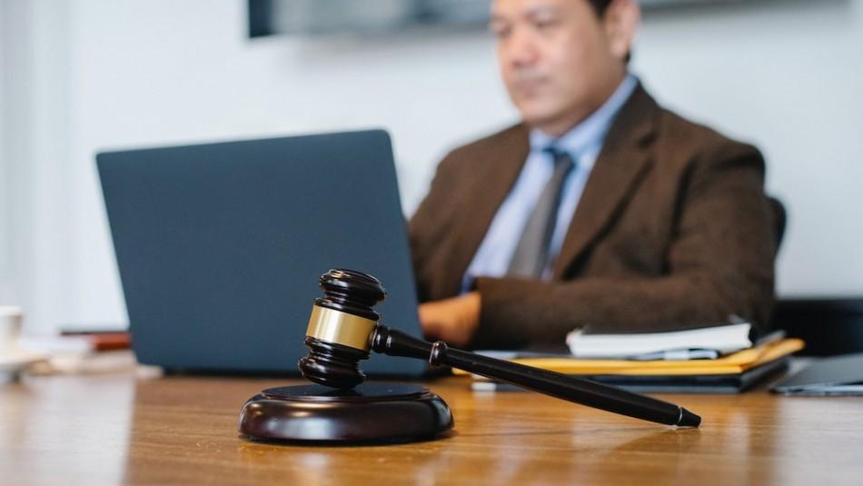 Una empresa despide a un empleado por tener 808 permisos, pero él demandó y ganó