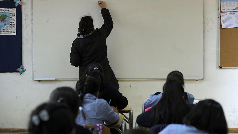 Colegio deberá pagar millonaria indemnización a padres de niña que sufrió bullying