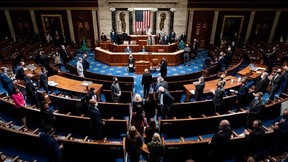 Congreso de EE.UU. certifica victoria de Joe Biden tras caótica jornada de manifestaciones