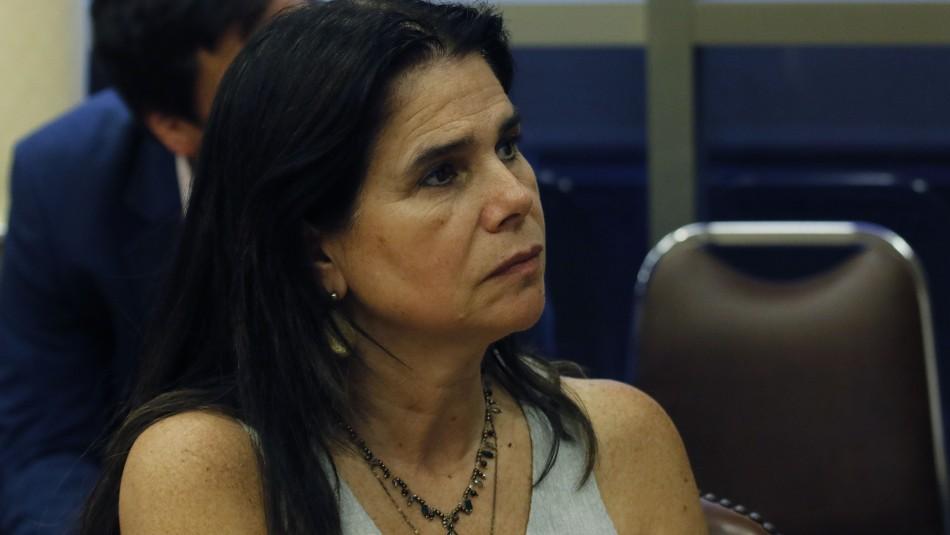 Hijos de Ximena Ossandón estuvieron en fiesta clandestina.