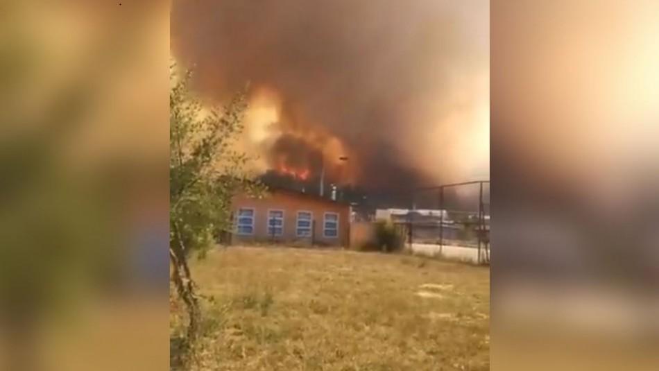 Onemi ordena evacuar Villa Esmeralda por incendio forestal en Purén