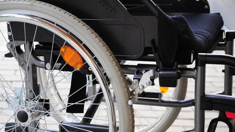 Niña de 12 años pasó la mitad de su vida en silla de ruedas pese a estar sana