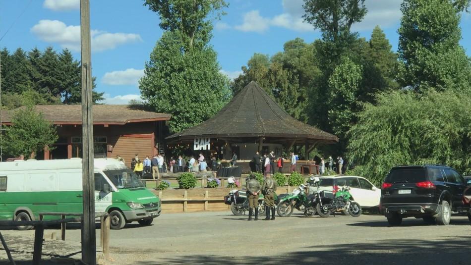 Detienen a 24 personas en matrimonio al interior de parque en Temuco