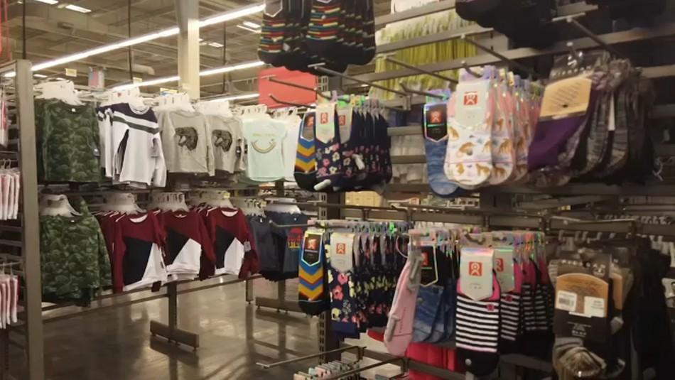 Reacciones por restricciones a supermercados: No venderán vestuario y otros productos en Fase 1