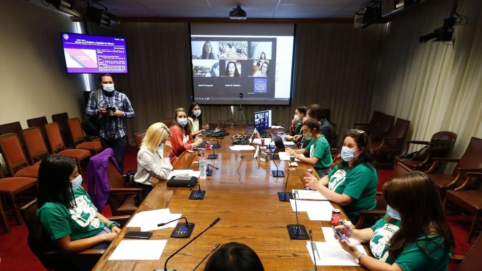 Proyecto para despenalizar el aborto hasta las 14 semanas comenzó su tramitación en el Congreso