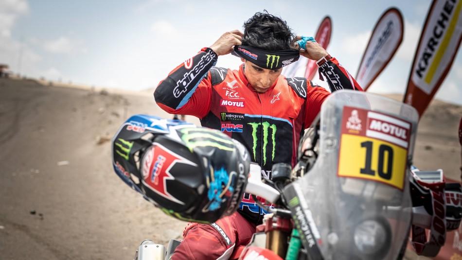Grave accidente obliga a chileno a abandonar el Dakar pese a liderato:
