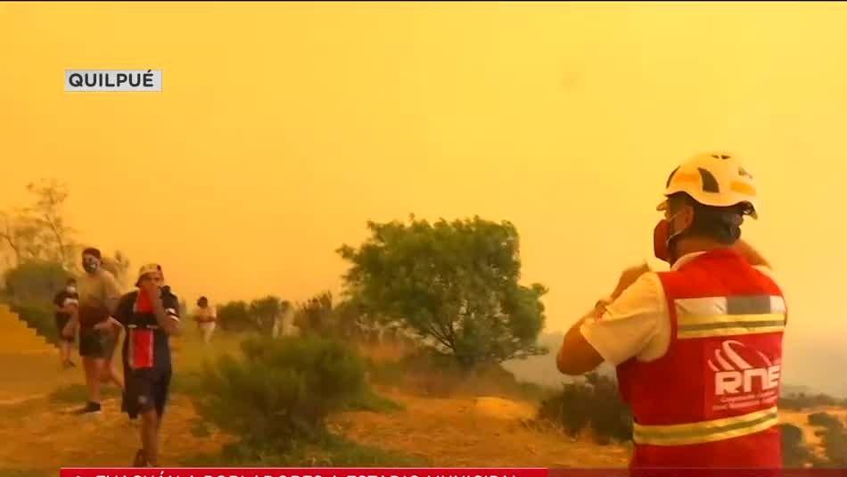 Video muestra el momento de la evacuación por incendio en Quilpué