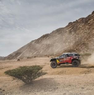 'Chaleco' López campeón del Dakar 2021 en vehículos ligeros y Side by Side