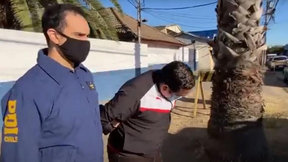 Detienen a delincuente con mayor cantidad de delitos económicos en Chile: Experto en usar la web