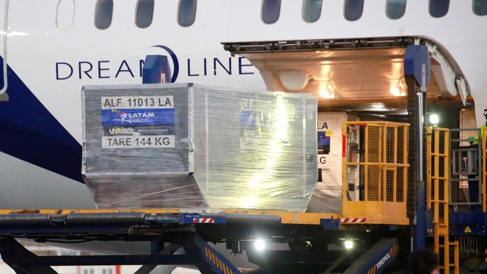 Más de 43 mil dosis: llega a Chile el cuarto cargamento de vacunas Pfizer