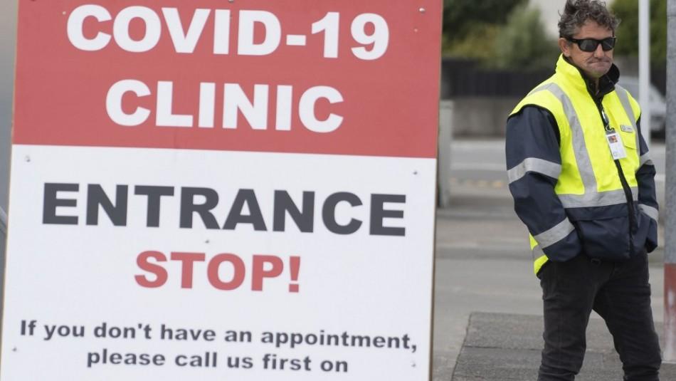 Primer contagio en dos meses: Mujer de 56 años contrae variante sudafricana en Nueva Zelanda