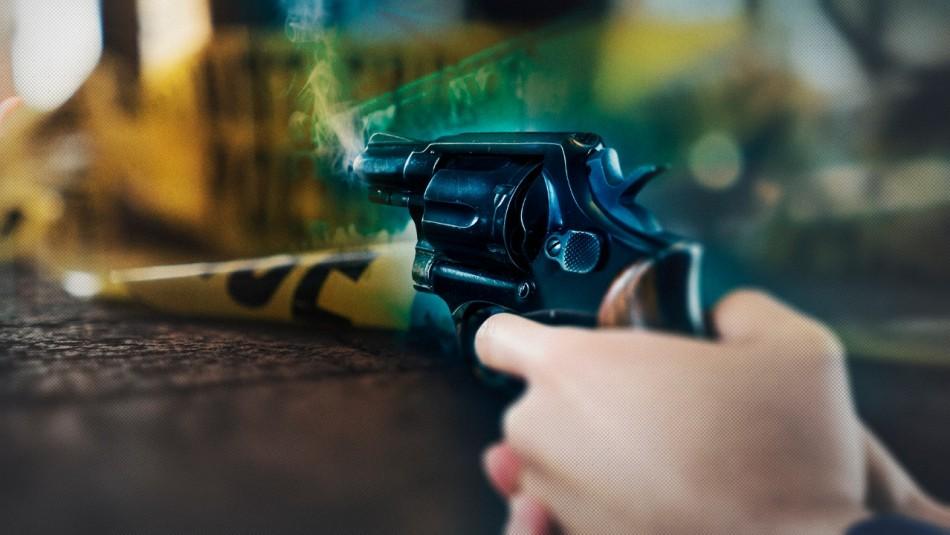 Trágico homicidio: Joven habría asesinado a balazos a su padrastro en Renca