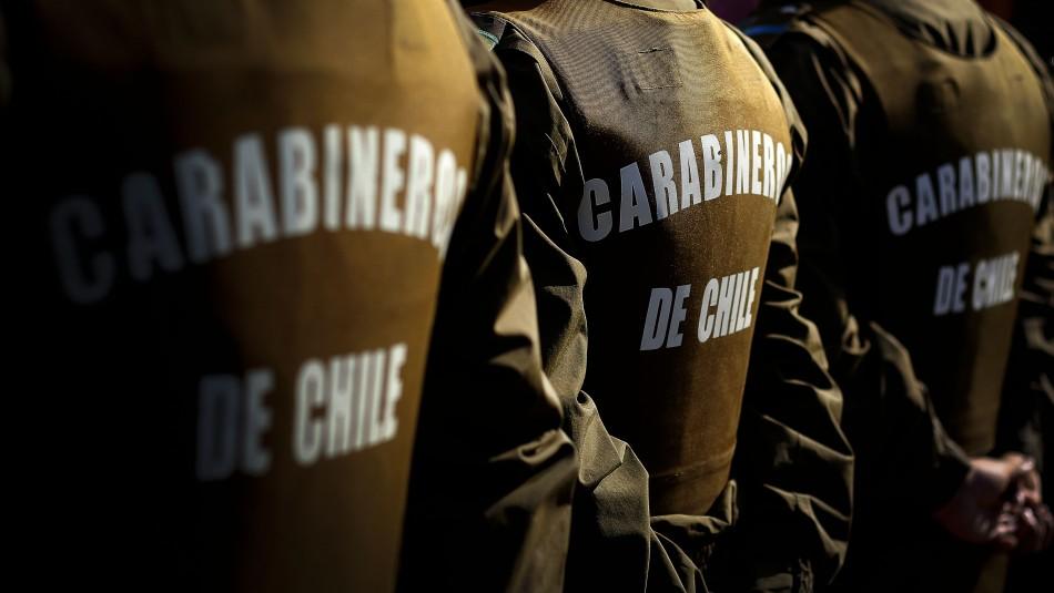 Conmemoración por muerte de hincha de Colo Colo deja tres carabineros heridos por perdigones