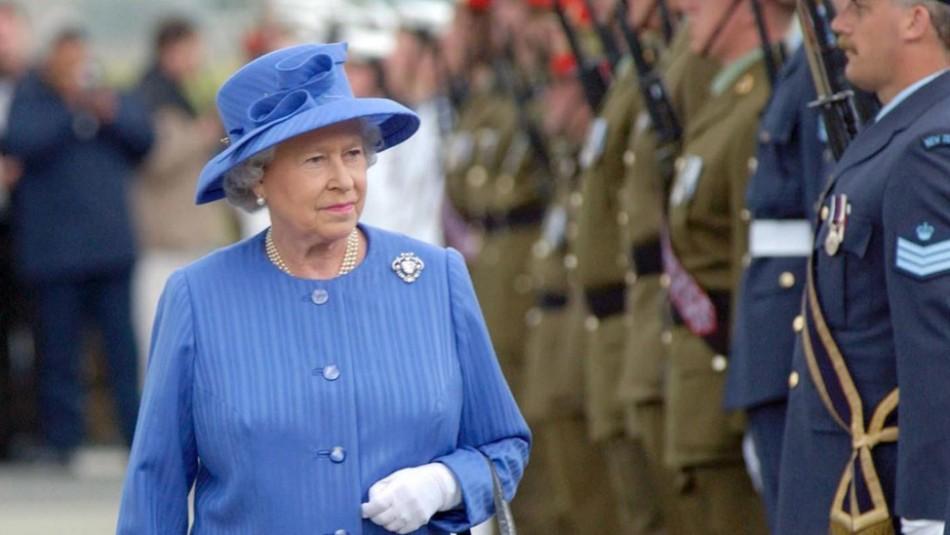 La reina Isabel se niega a entregarle el trono a su hijo Carlos en 2021: no piensa dimitir