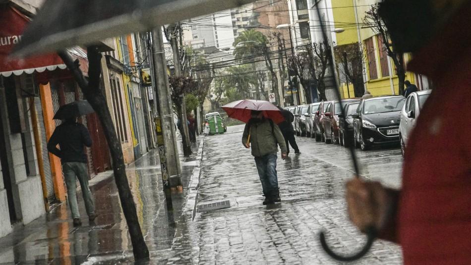 Sistema frontal en zona centro-sur: Pronostican más lluvias para la tarde de este sábado