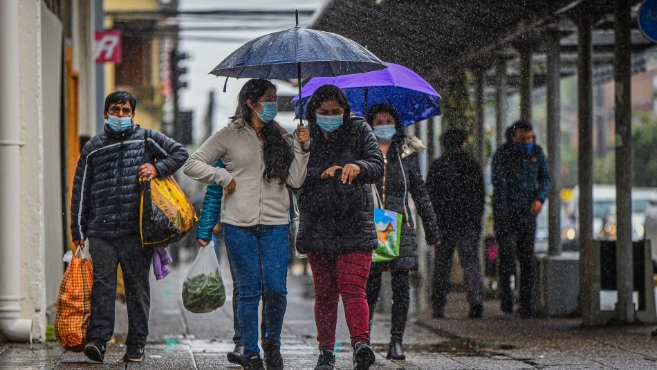 Precipitaciones continuarían hasta el martes en la Región Metropolitana y zona centro