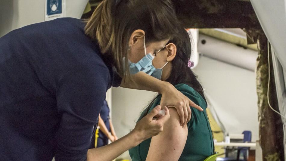 Plan de vacunación en chile comienza el 3 de febrero.