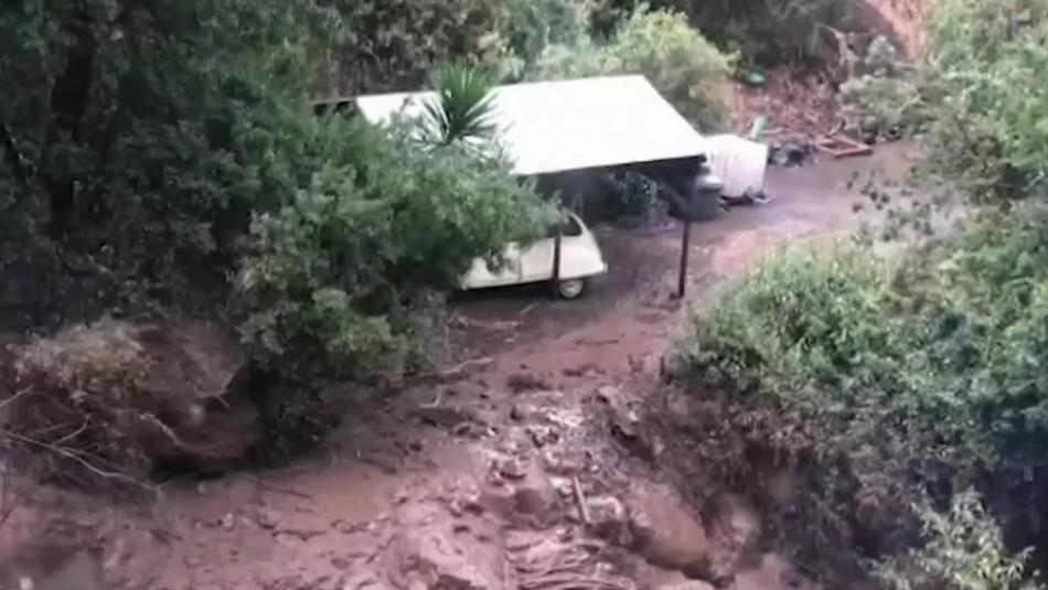 Bebé de dos semanas tuvo que ser evacuado por aluvión en Farellones