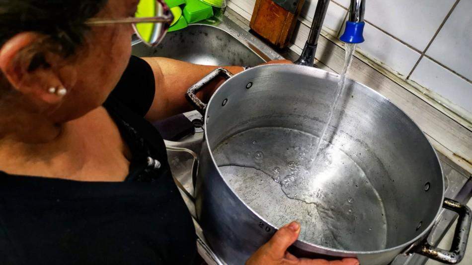 Aguas Andinas descarta corte masivo de agua potable para la región Metropolitana