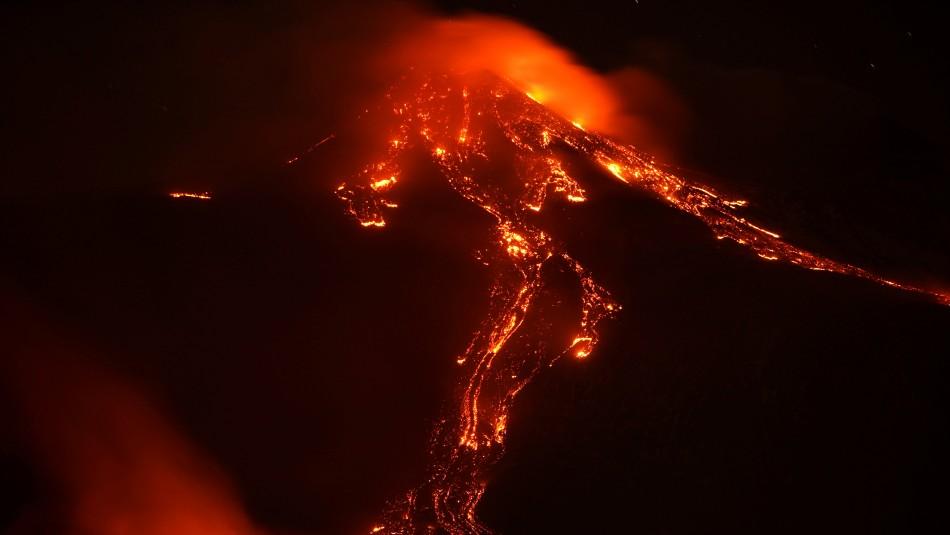 Volcán Etna vuelve a hacer erupción: Las imágenes que dejó el impresionante fenómeno