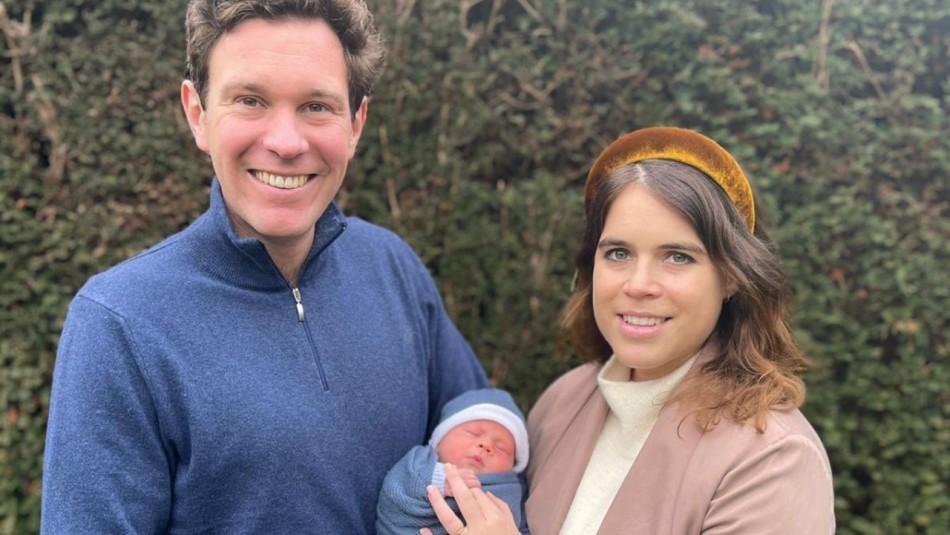 Isabel II tiene un nuevo bisnieto: La princesa Eugenia de York presenta a su primer hijo