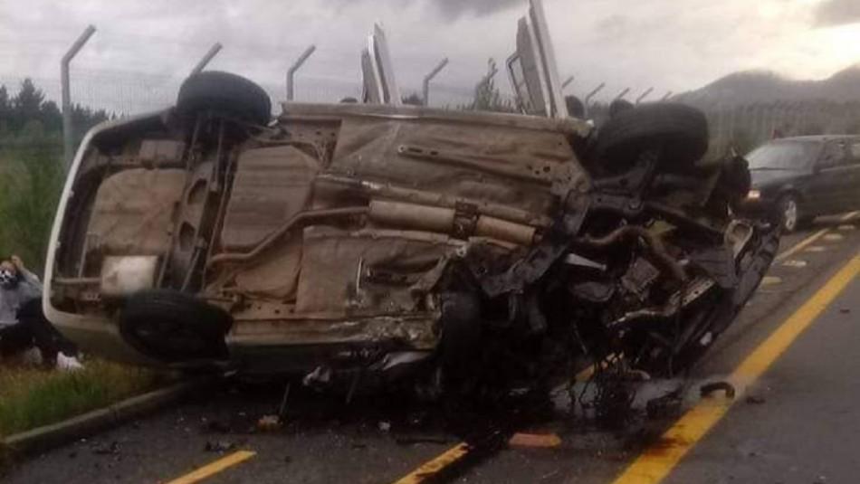 Accidente de tránsito deja dos fallecidos en cercanías al aeropuerto de Pucón