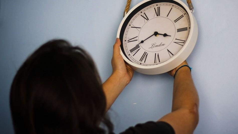 Conoce cuándo se cambia la hora en Chile.