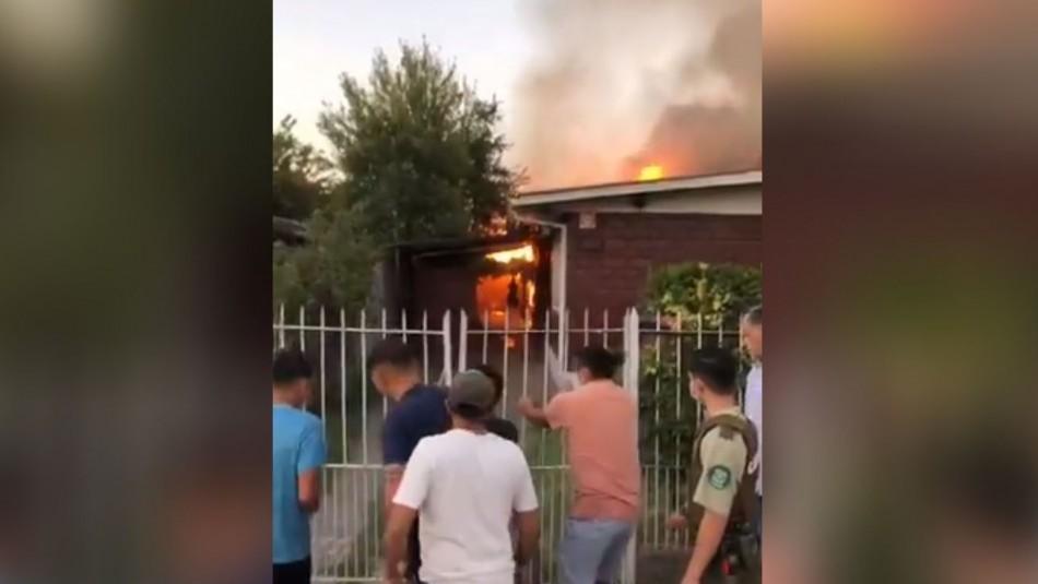 Incendio en Macul terminó con cuatro casas dañadas