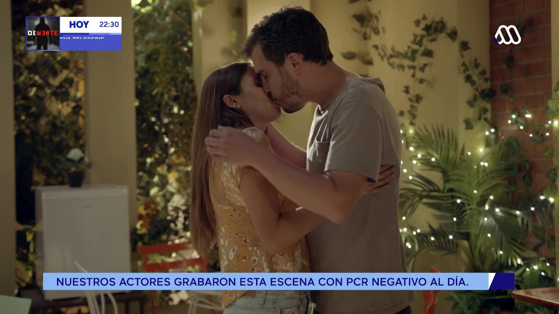 El beso entre Javiera y Pablo