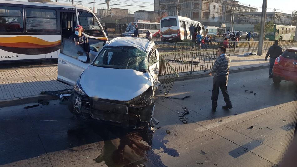 Cerca de 20 lesionados deja choque entre bus y una camioneta en Cerrillos